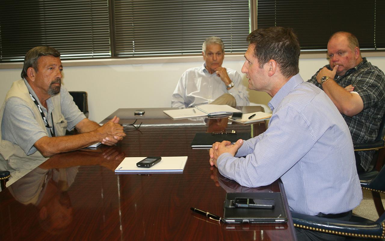 Mas Ayoob Interviewing Ron Cohen